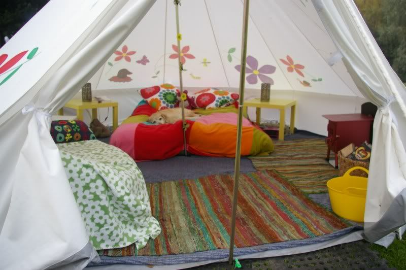 Inside A Bell Tent With Images Bell Tent Interior