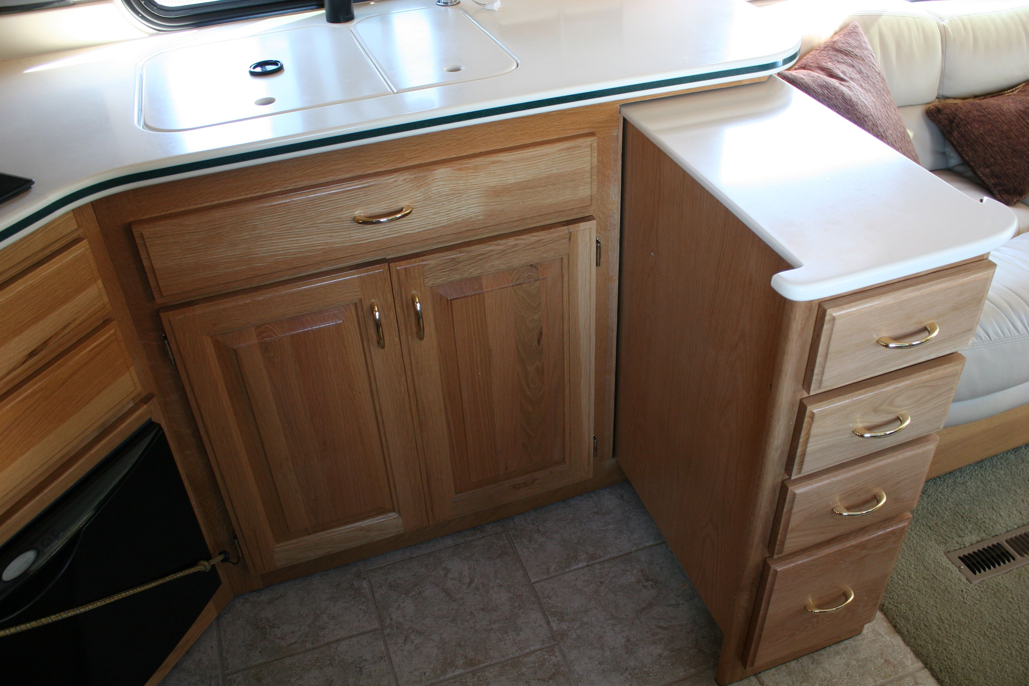 Pull Out Drawer Island For Additional Counter Space