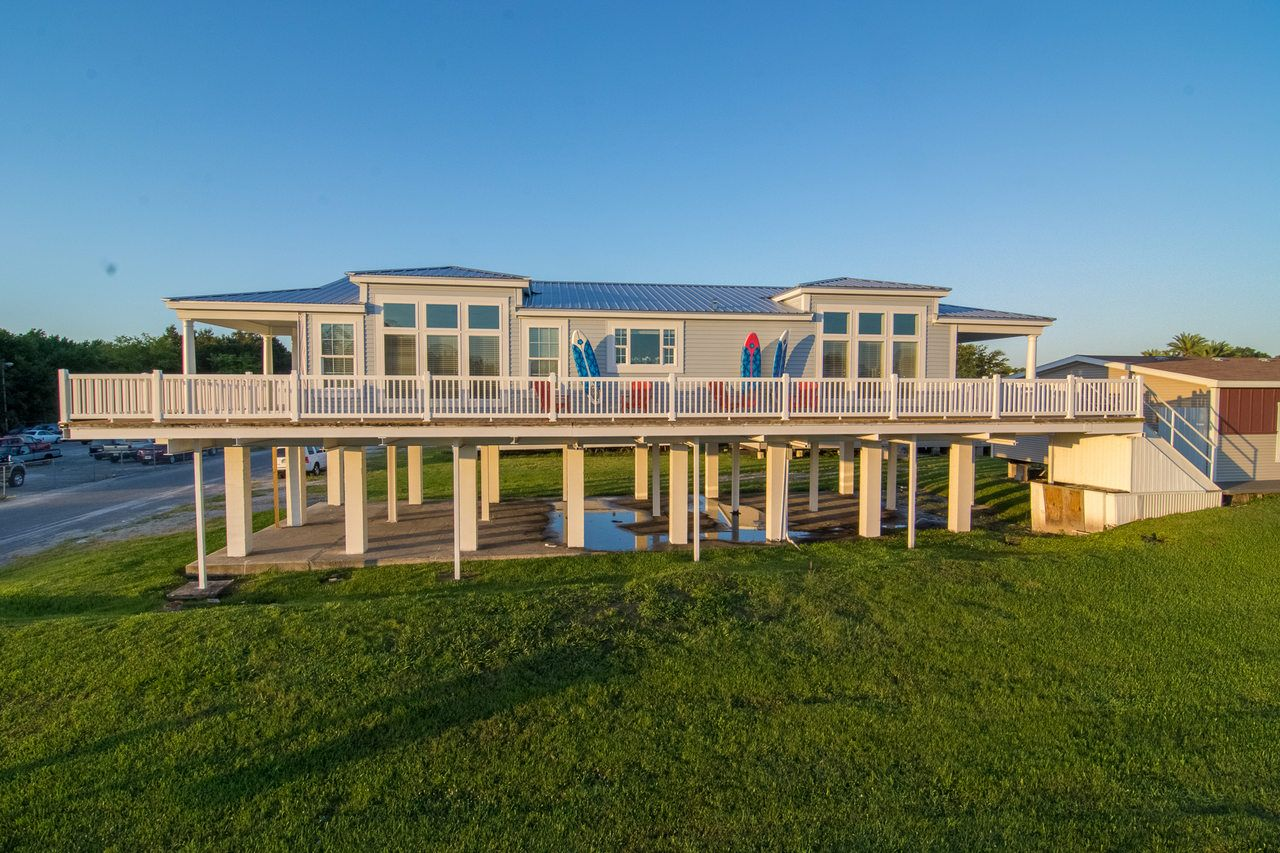 Palm harbor in plant city florida introduces the for Modular stilt homes florida