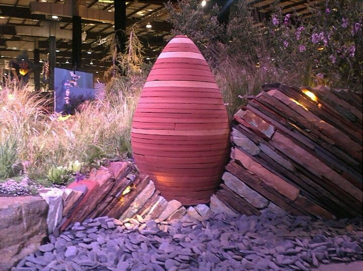 Great stone work by Mariposa Gardening & Design of Berkeley, CA at the San Francisco Flower & Garden Show.