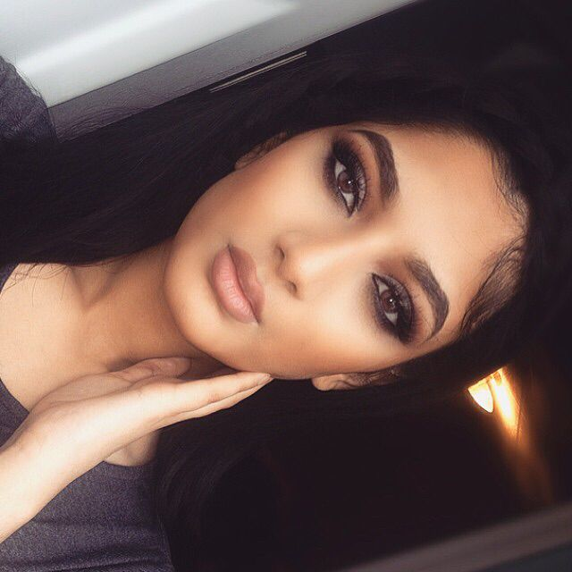 I like this look for bridal as the nude lip is really nice and complements the eyes and the brows are nice and natural