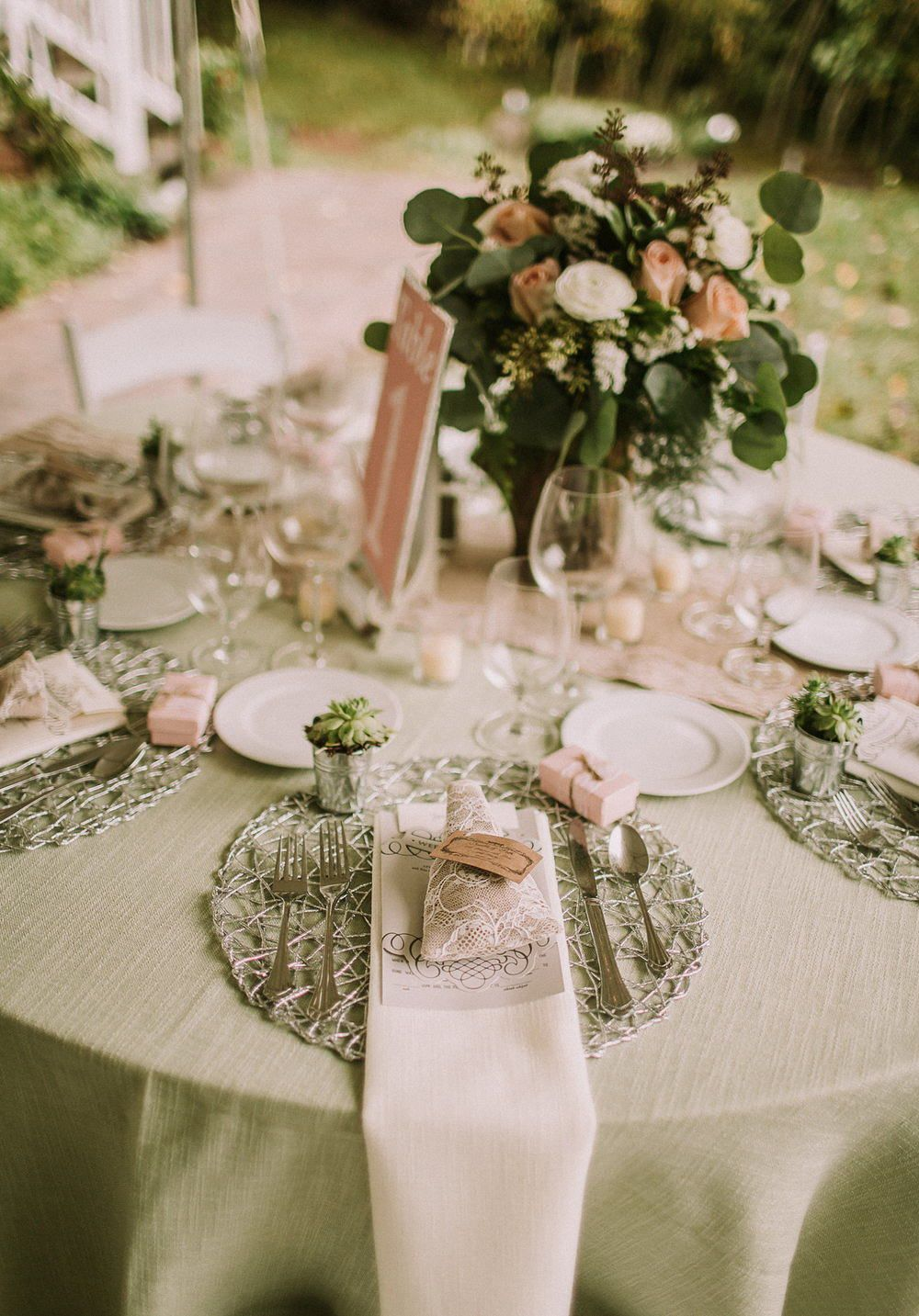 13 Reception Table Ideas For Your Wedding Destination Wedding Elopement Adventure Photographer In 2020 Round Wedding Tables Reception Table Backyard Wedding