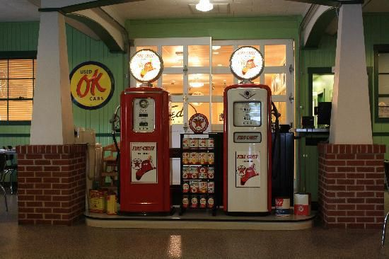 .Would love a old gas pump to put in our back yard! kr