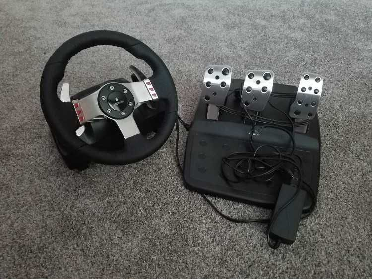 Used Logitech G27 for sale  Compatible with PC and