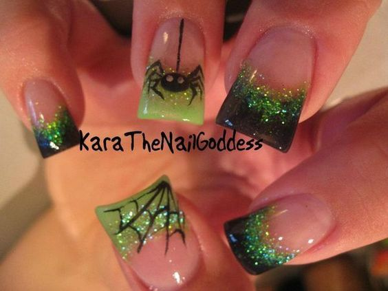 Dark Green, Green Glitter, Spiders and Cobweb Nails ...