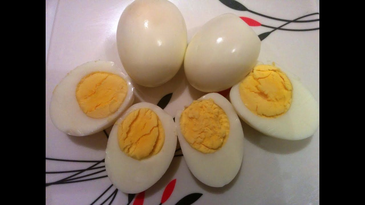 How to boil eggs in the microwave oven without foil