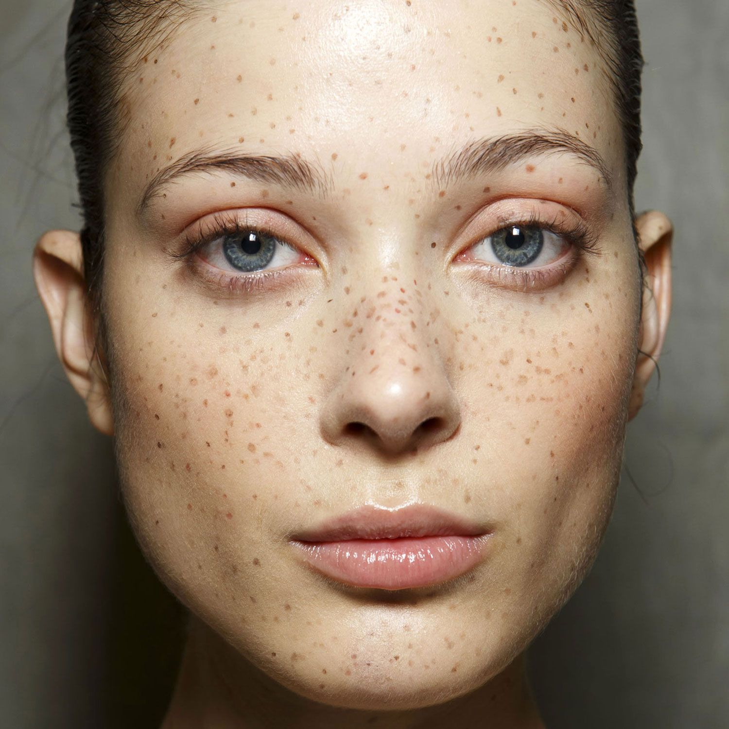 "Freckles Are the ""It"" New Beauty Mark Makeup, Makeup"