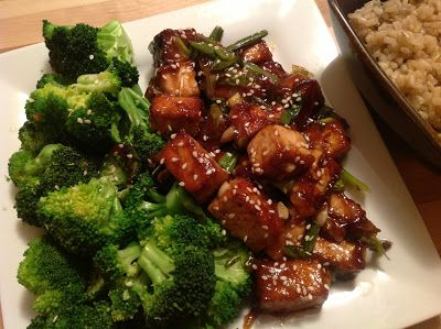 "General Tso's Tofu with Steamed Broccoli and 5-Spice Brown Rice | The ""V"" Word"