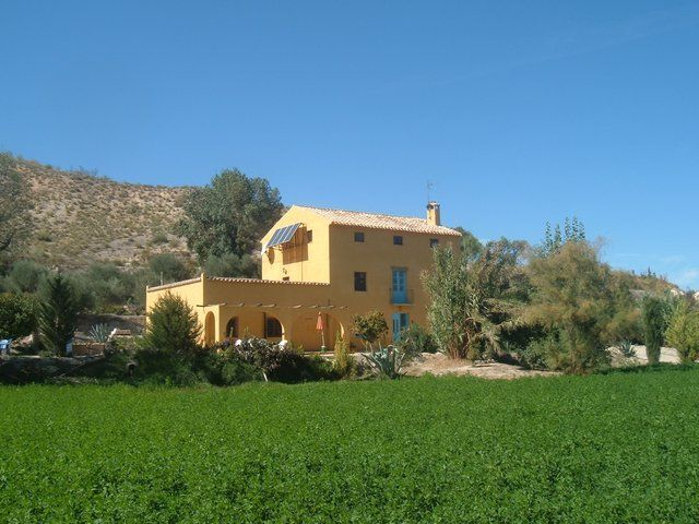 Rural Spanish property for sale only € 195,000 in Andalucia Spain Ref:  v1648 | Andalucia spain, Andalucia, Storey homes