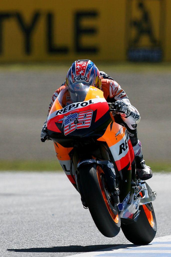 Nicky Hayden Photos Photos Motogp Of Japan Qualifying Motogp Racing Bikes Racing Motorcycles