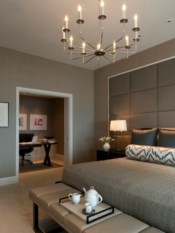 wohnideen schlafzimmer einrichten modern kronleuchter bett ...