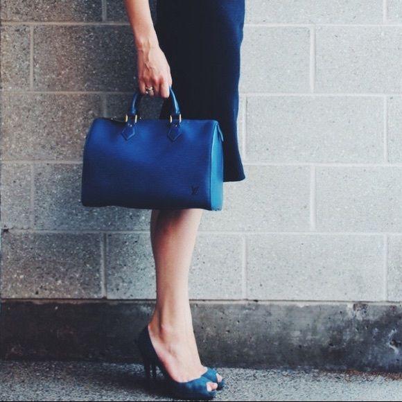 cf754a7b5c473 Louis Vuitton Blue Speedy 30 epi leather handbag Authentic Louis Vuitton  Speedy 30 bag in epi