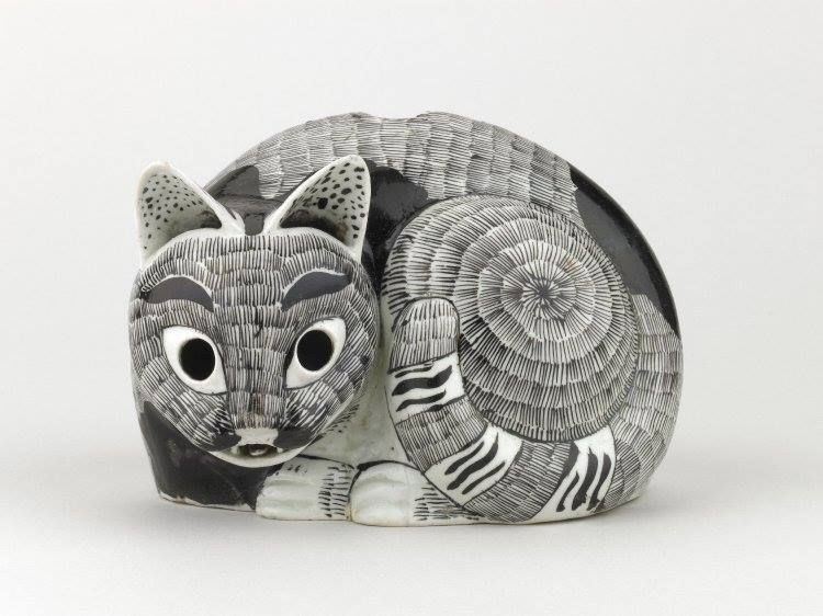 Cat night light. Moulded porcelain made in Jingdezhen, China, 1690–1722 Collection British Museum