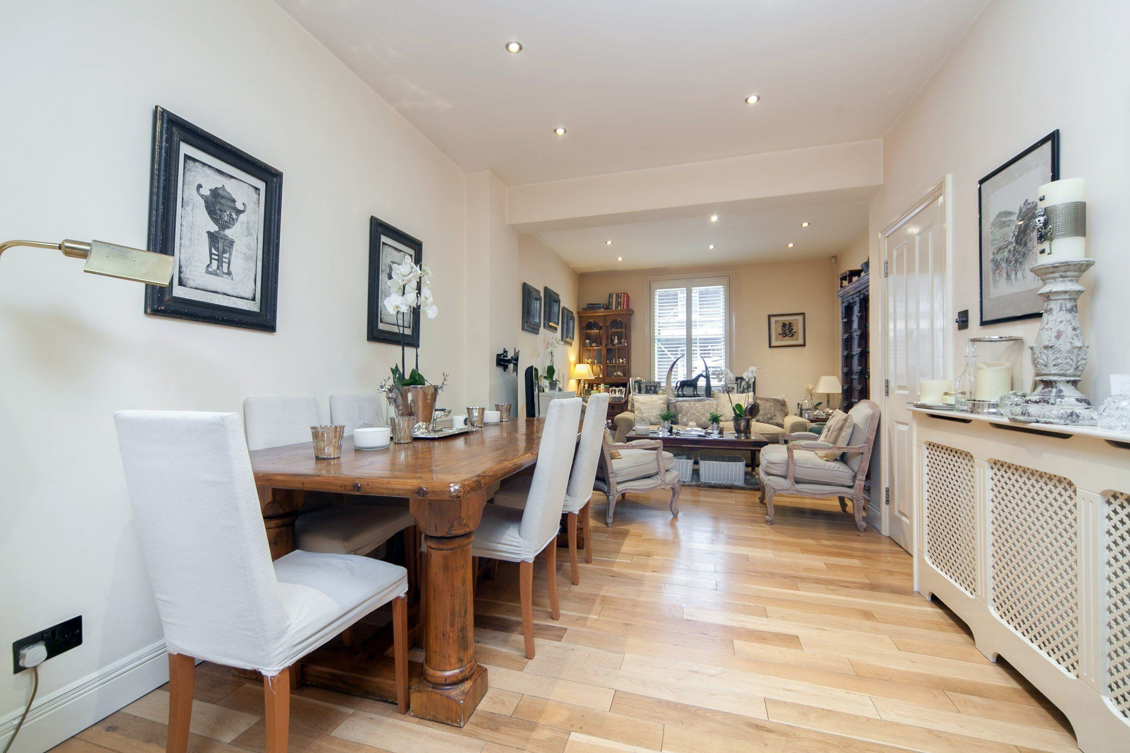 3 Bedroom Flat To Rent In Battersea St Philip Street Sw8 610pw Flat Rent 3 Bedroom Flat 3 Bedroom House