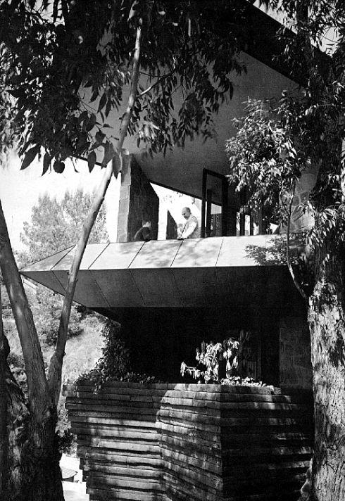 """John Lautner's """"Wolff Residence"""" — Modern Treehouse"""