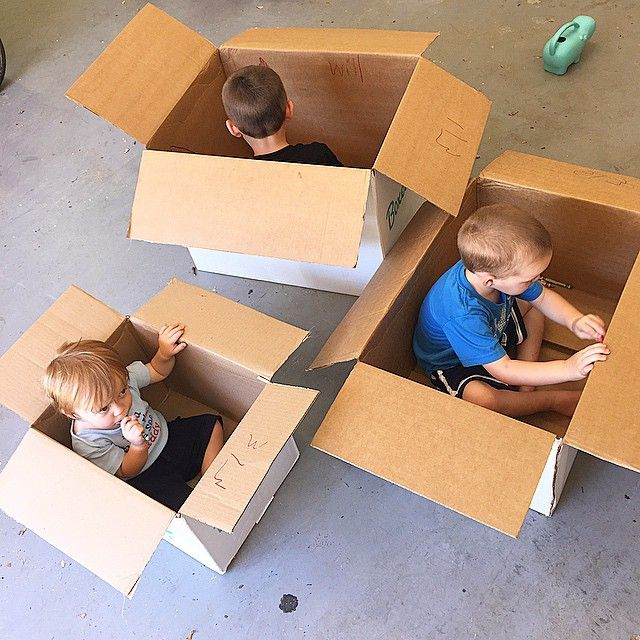 SnapWidget | It's amazing how much sit down time you can get from cardboard boxes and some crayons #kidsinabox
