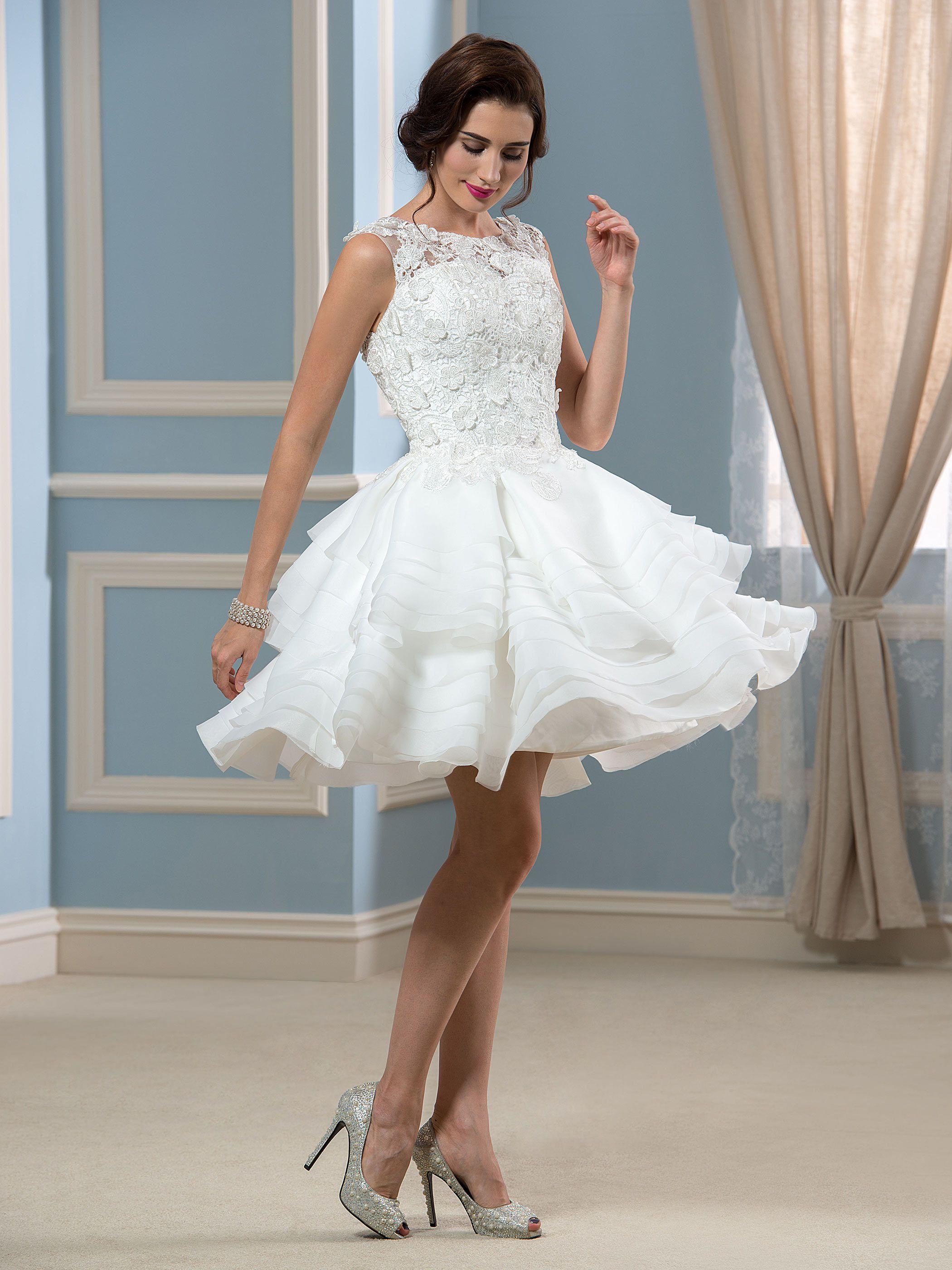 Appliques lace short beach wedding dress married in tbdress