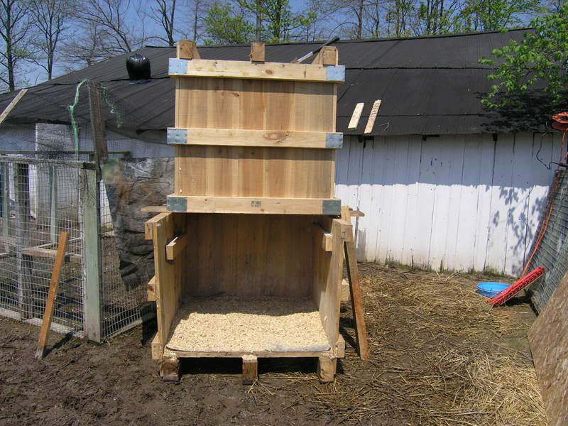 Pallet coop bing images chickens pinterest duck for Chicken and duck coop
