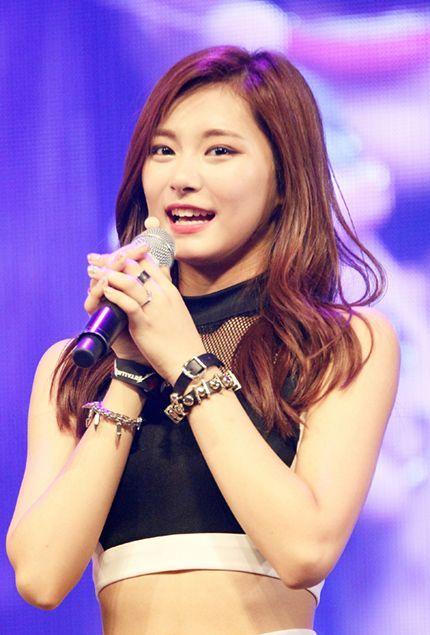 The Dark Secret Of K Pop That No One Talks About Women In Music Kpop Kpop Girls
