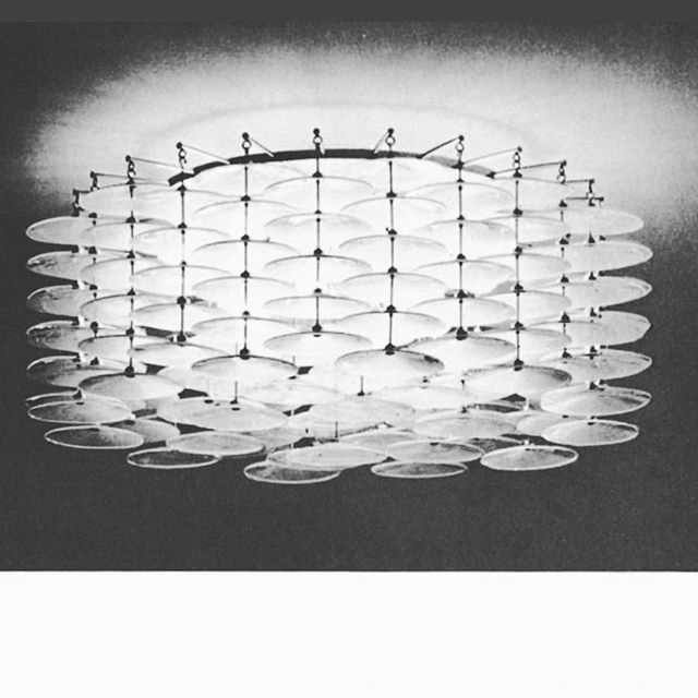 "jonasasplinChandelier ""storebrand"", design #jonashidle for #høvikverk, before 1965  #norwaydesign #midcenturychandelier #midcenturylamp #høviklampe #scandinaviandesigners #hadelandglassverk #lysekrone"