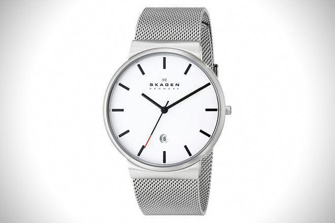 500b15377 The 20 Best Men s Watches Under  200  quartzwatch