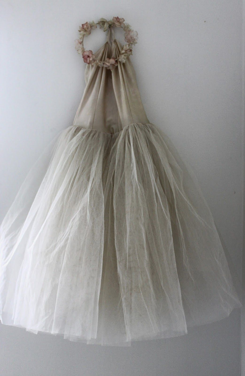 Zsazsa Bellagio €� Like No Other Beautiful Shabby Chicpainting Ing On: Taupe Shabby Chic Wedding Dresses At Reisefeber.org
