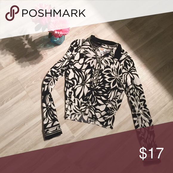 Talbots vintage 🔝❤️ So retro and good vibin💯polyester Talbots Tops Button Down Shirts