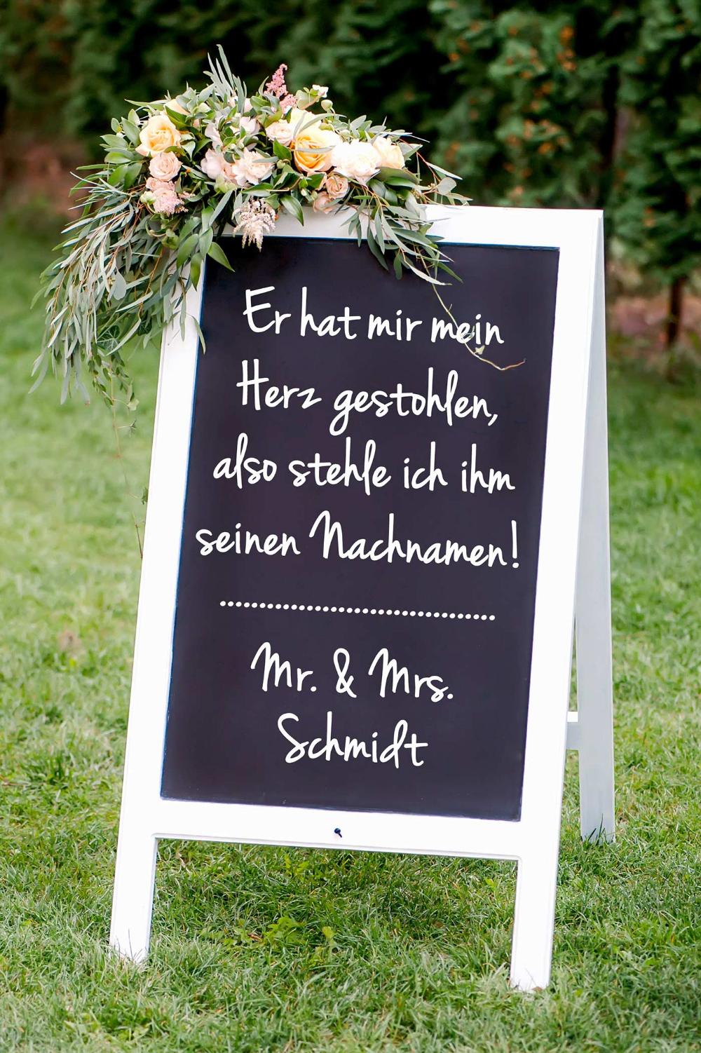 Photo of Hochzeitsschild