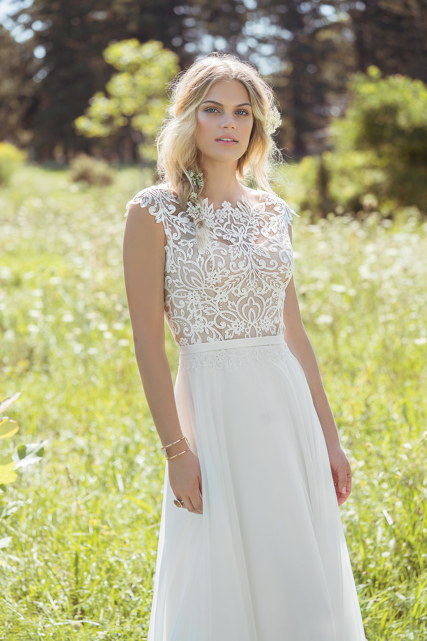 Luftiges Boho-Brautkleid aus der Kollektion 2018 von Lillian West ...