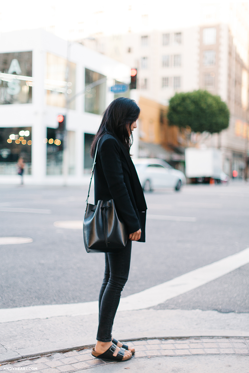 All black with Birks outfit  www.everydaychic.nl