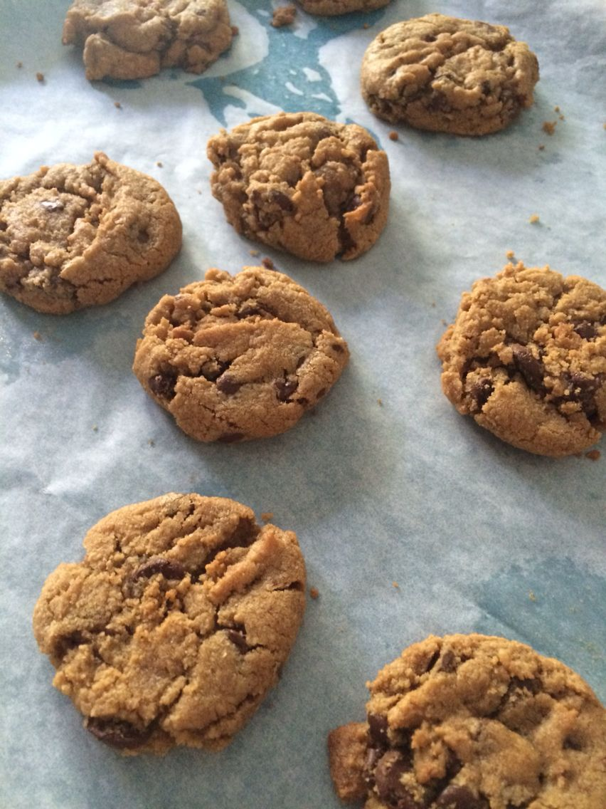 Gluten free chocolate chip cookies! By Cloud 9 Bakery in Miami | www.cloud9bakerycafe.com