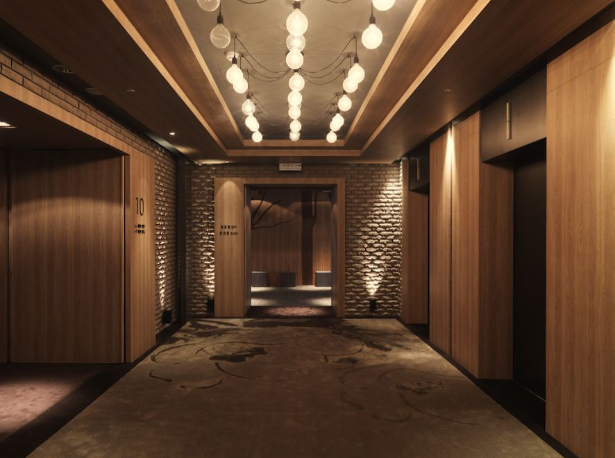 Gallery of hotel dua koan design 31 lobbies for Wooden hotel design