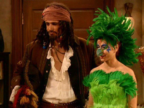 pin for later the best tv character halloween costumes how i met your mother - Tv Characters Halloween Costumes