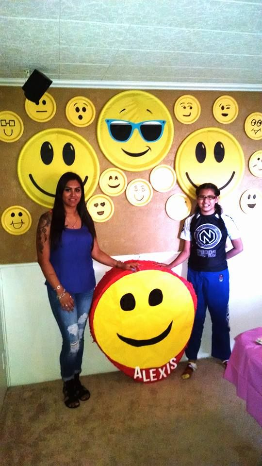Pretty Cool Emoji Backdrop For Pictures Find This Pin And More On Birthday Party Decor