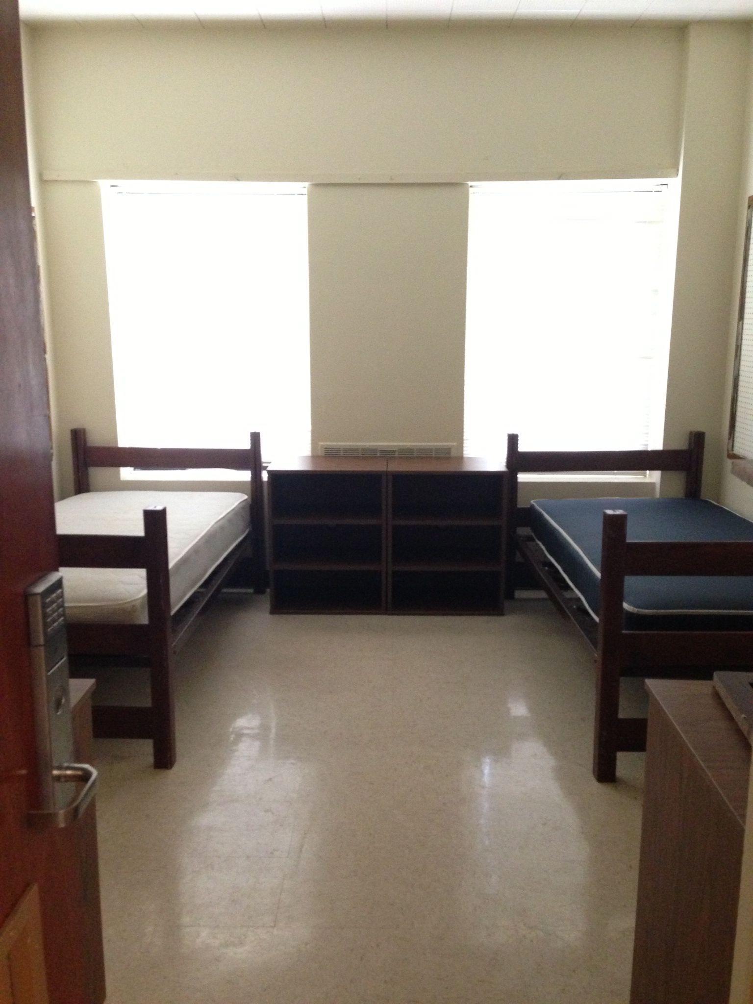 Apartment Dorm Room At Baylor University Baylor Dorm Rooms Baylor University Dorm Baylor Dorm