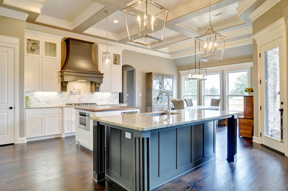 Couto homes paint color scheme walls and ceilings sherwin for Perfect kitchen colours