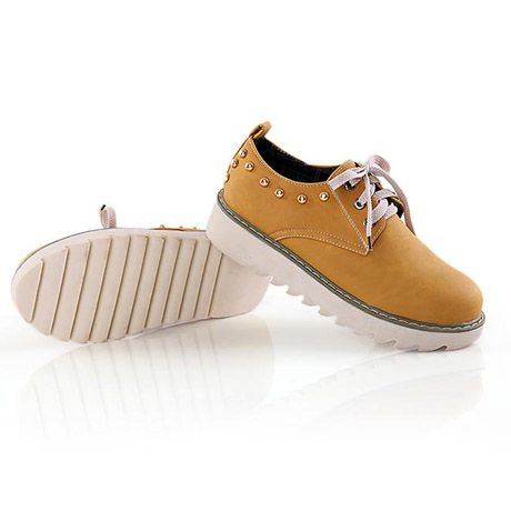 British Style Yellow Studded Lacing Platforms