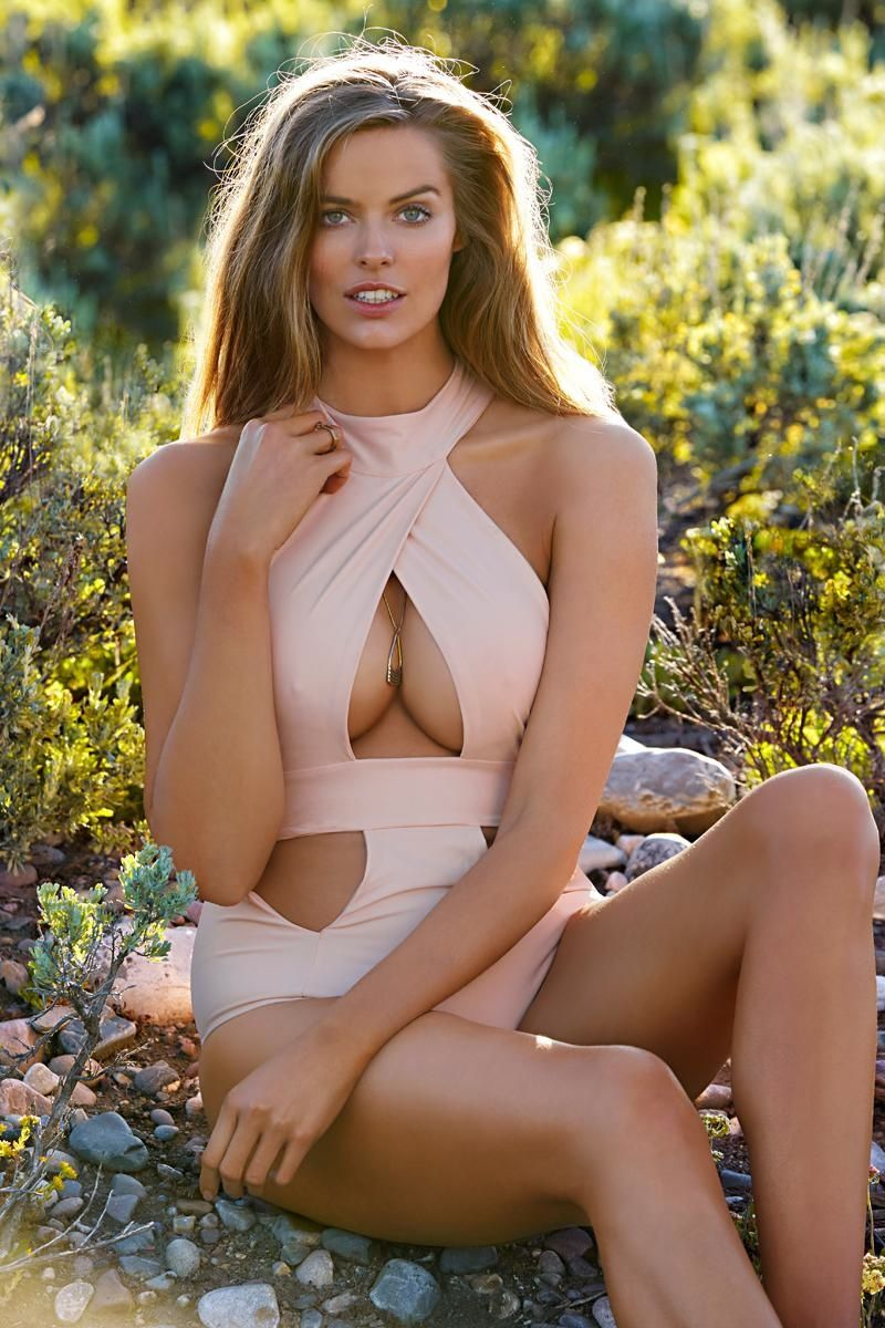 2015 sports illustrated swimsuit issue models list   sports