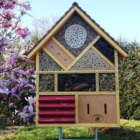 insektenhotel zur bienenk nigin insektenhotel. Black Bedroom Furniture Sets. Home Design Ideas