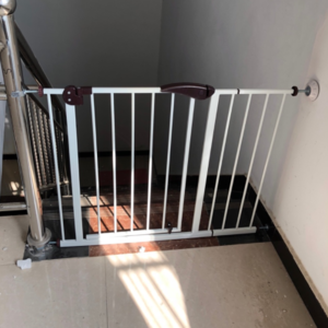 Factory Adjustable Indoor stair barrier gate home safety