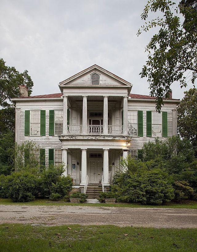 Glencairn Plantation in Greensboro in Hale County, Alabama ...