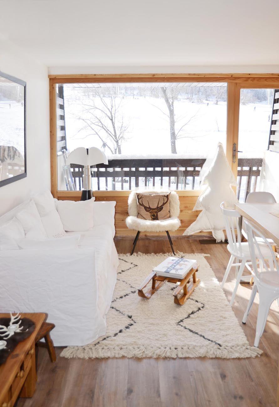 un appartement la montagne l 39 atelier d 39 archi l 39 atelier d 39 archi pinterest appartements. Black Bedroom Furniture Sets. Home Design Ideas