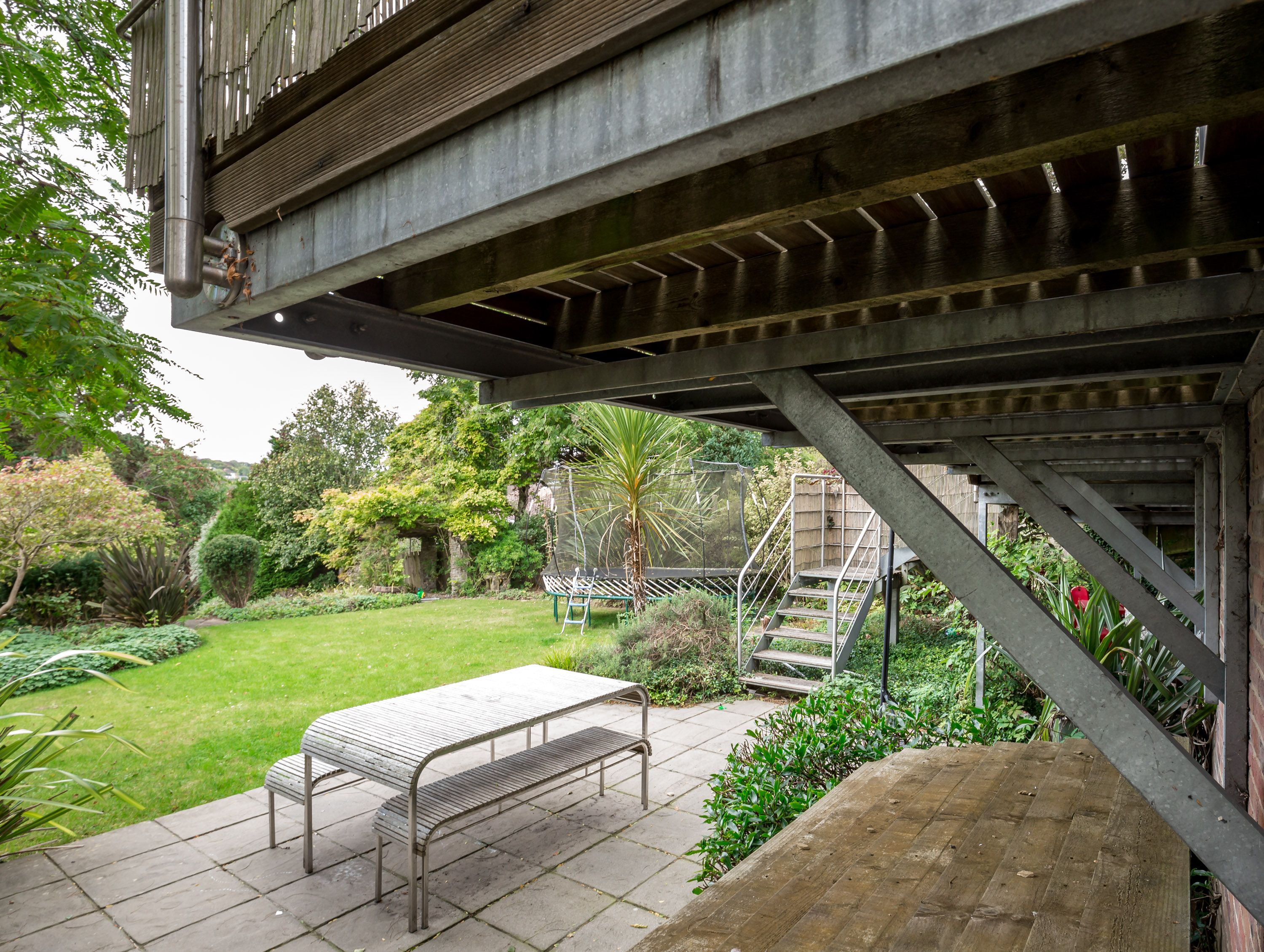 Feature balcony / terrace to large home in Brighton | steel frame ...