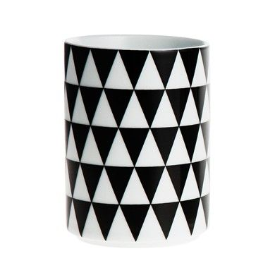 Black/white triangles cup by Ferm Living * www.the-pippa-and-ike-show.com