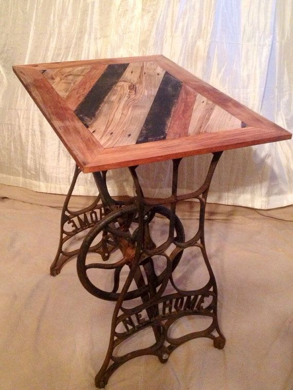 Industrial upcycled pallet wood top iron new home sewing - Table machine a coudre ...