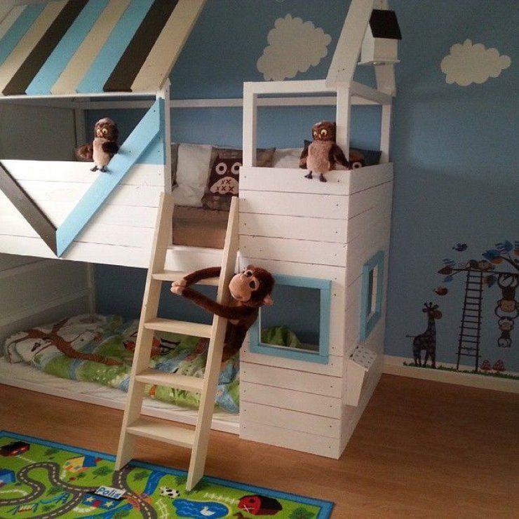 Mommo design 8 ways to customize ikea kura bed ikea hacks pinterest chambres chambre - Lit kura ikea customise ...
