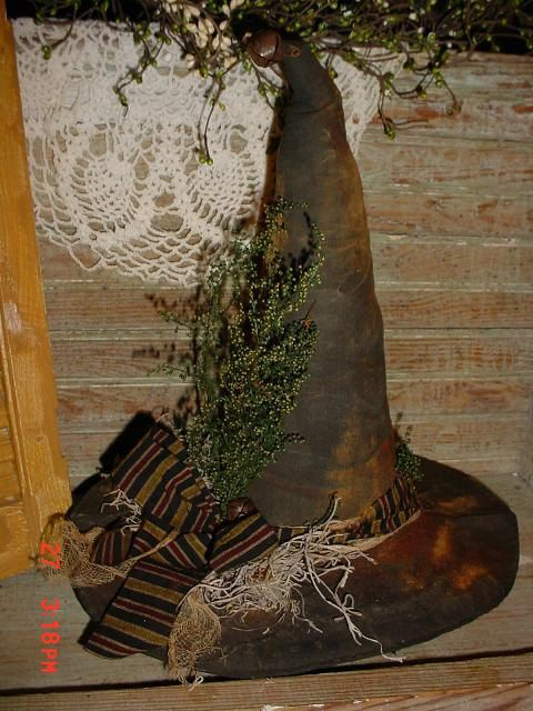 Primitive PATTERN Witch Hat Table Decoration HaLLoWeEn folk art - witch decorations