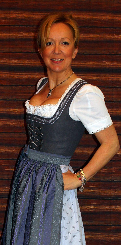 Kleidung Casino Frau