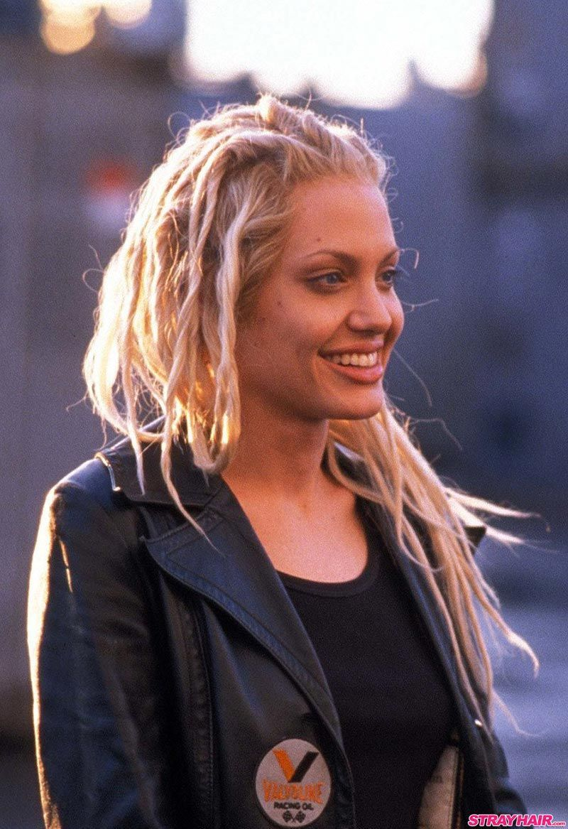 Angelina Jolie In Gone In 60 Seconds 2000 Angelina Jolie In Gone In 60 Seconds 2000 In 2020 Angelina Jolie Blonde Angelina Jolie Hair Angelina Jolie Photos