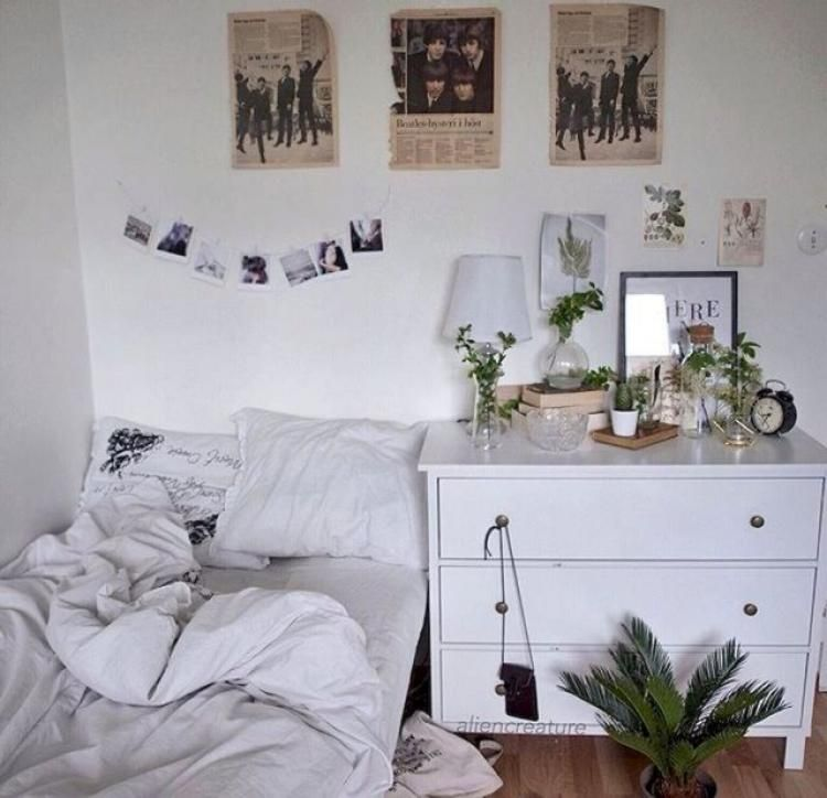 40 Cute Minimalist Dorm Room Decor Inspirations On A Budget Room Inspiration Aesthetic Bedroom Aesthetic Rooms